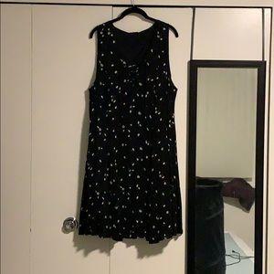 Sleeveless daisy dress from Torrid - size 2